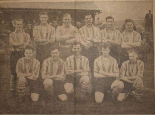 Larkhall Thistle team photo 16 – 1953