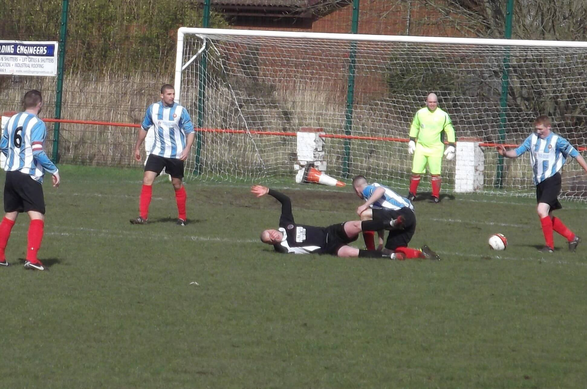 Innes tangles with Shettleston player