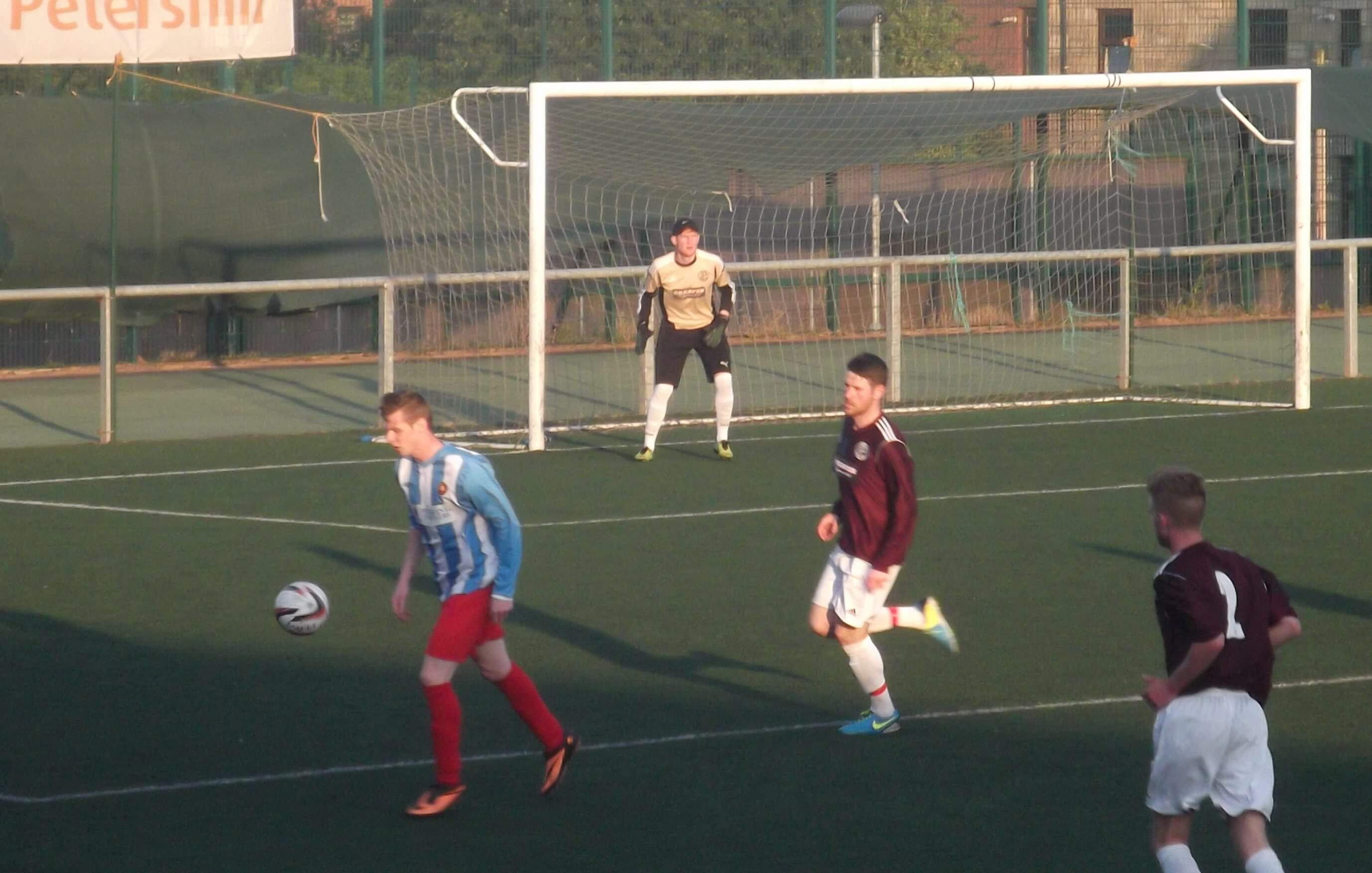 Petershill v Larkhall Thistle 5