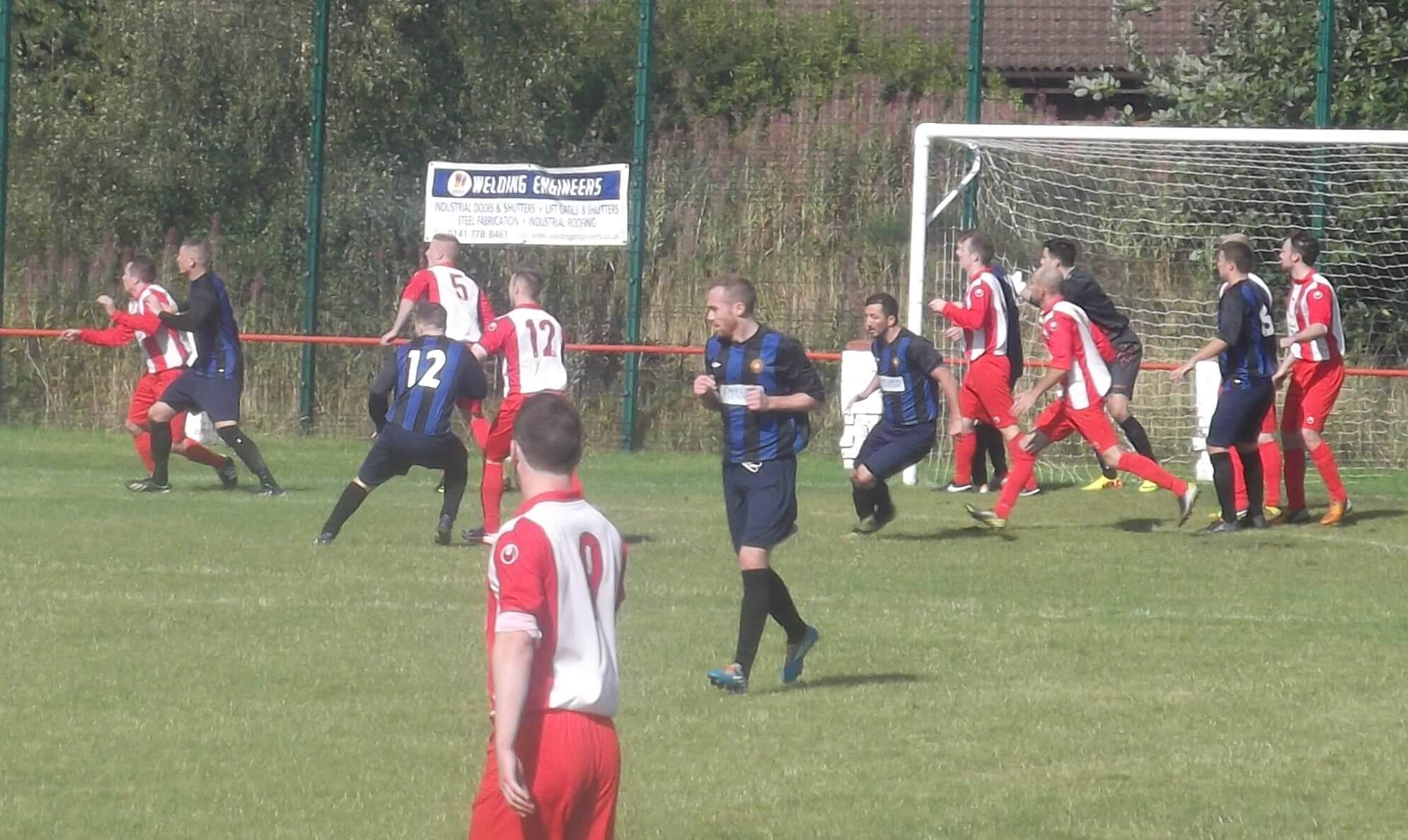 Thistle throw everything at Renfrew in the second half