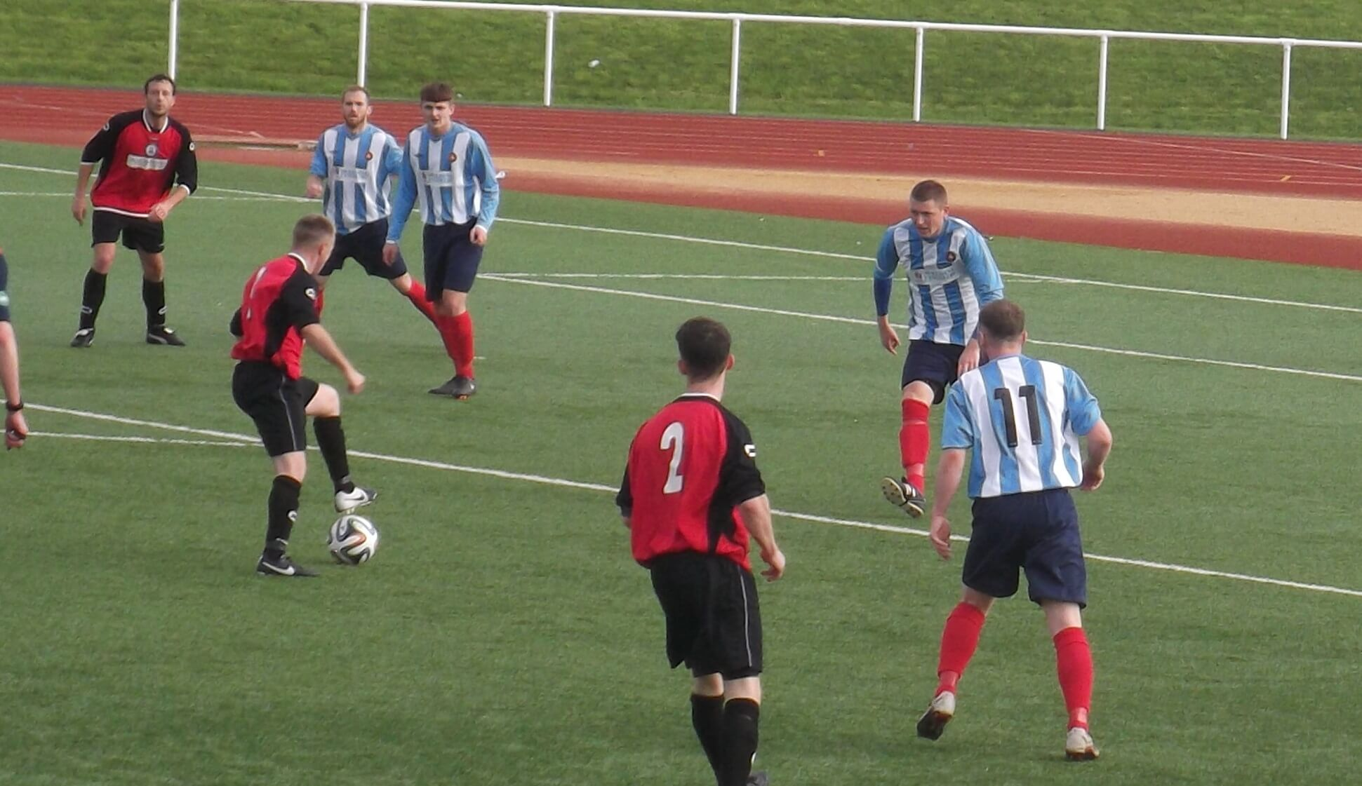 Carluke's Watt lines up shot as Schoneville gets out to block