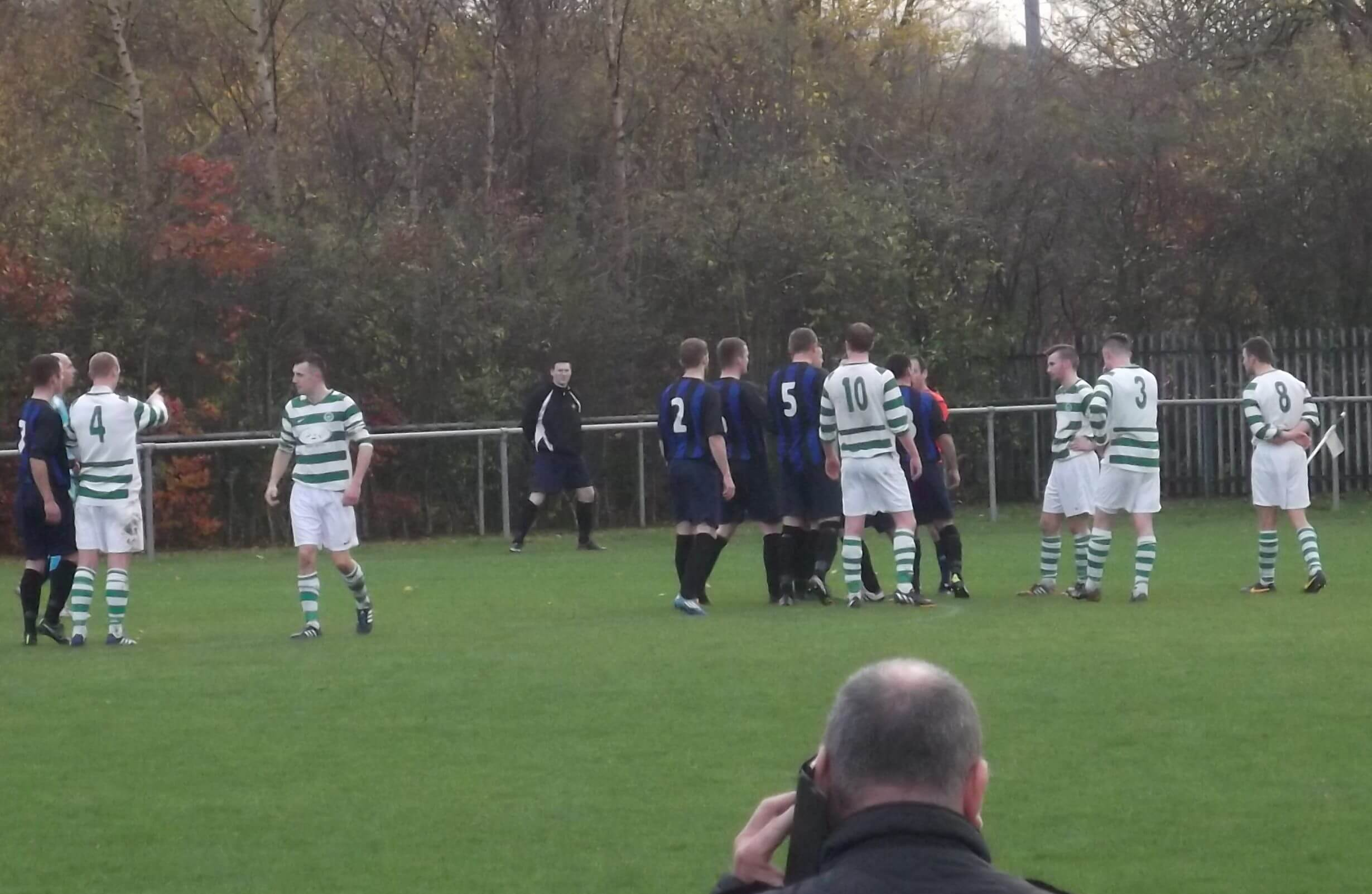 Thistle players up in arms about the penalty decision