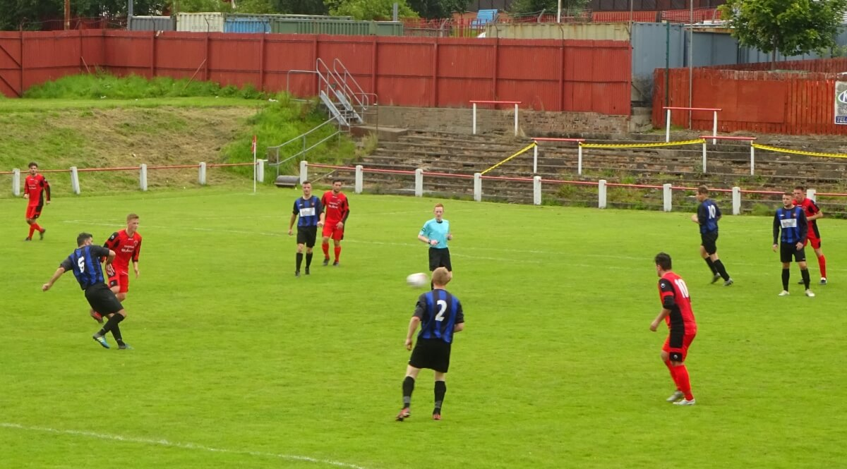 Thorniewood United v Larkhall Thistle 2